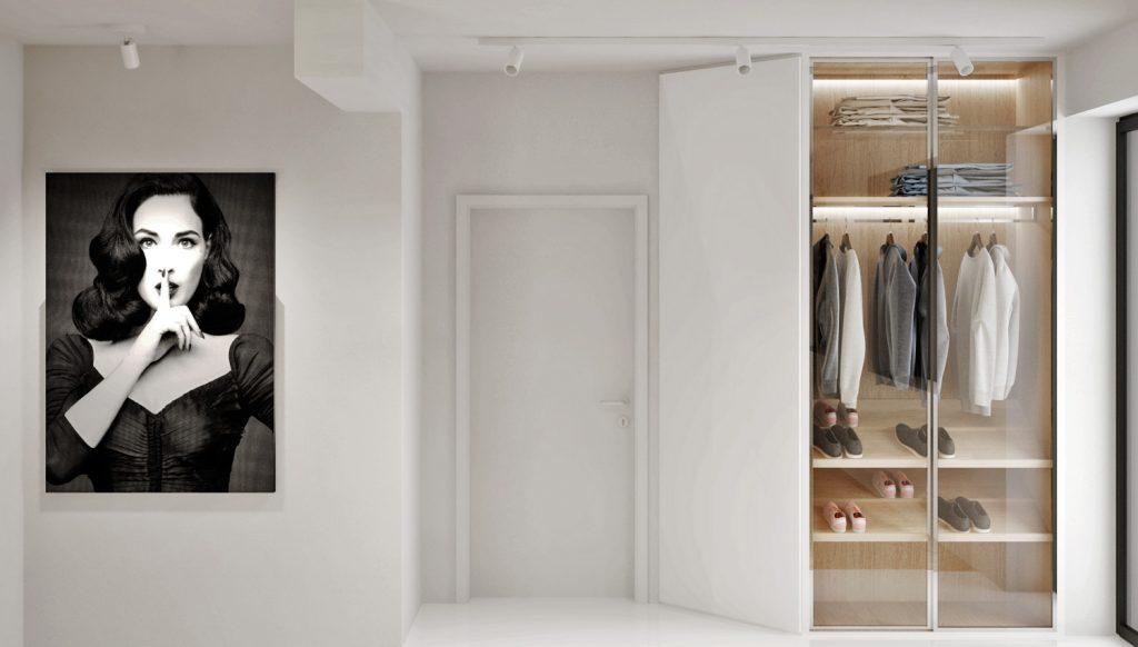 Vstupný priestor bytu s presklenou šatníkovou skriňou